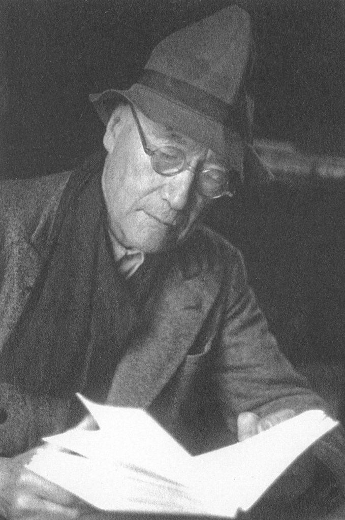 André Gide lisant.